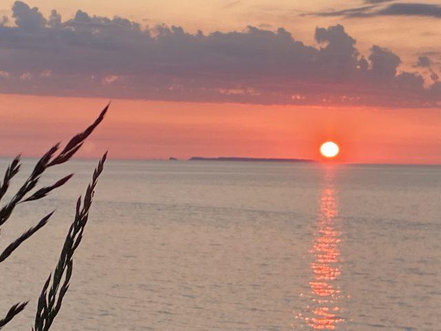 日本海に沈む夕日⸜( ・ᴗ・ )⸝